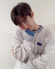 he's so precious I wanna hug him Taeyong, Jaehyun, Winwin, Nct 127, Nct Doyoung, Jisung Nct, Kpop, Jinyoung, K Idols