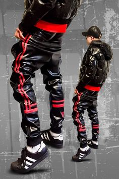 young muscled guy in leather pants Mode Masculine, Fashion Moda, Mens Fashion, Sagging Pants, Young Boys Fashion, Bad Boy Style, Latex Men, Swag Outfits, Look Cool