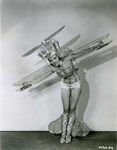 Vintage Halloween airplane costume #metalhalloween #onlinemetals
