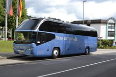 Fischer Bus Tours Neoplan MK.HF700 - Andernach, Germany, via Flickr. Bus Camper, Mode Of Transport, Public Transport, Nice Bus, Star Bus, Bus Rv Conversion, Luxury Sailing Yachts, Bus Art, Luxury Motorhomes