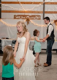 The Bride and Groom dancing with some sweet little girls!  #splashdropphotography