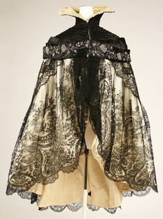 early-mid 20th century evening cape ~ designer Mlle. Dublano - Biarritz, France