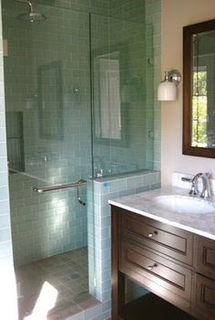 "Small shower with glass door ""my small bathroom needs this, but what will the kids do? Glass Shower Doors, Glass Bathroom, Bathroom Renos, Bathroom Interior, Small Bathroom, Master Bathroom, Bathroom Ideas, Glass Tiles, Design Bathroom"