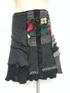 Recycling Pullover Rock, Gefilzte Patchwork wolle, Medium, Greys mit Blumenmuster, Schaltfläche Akzente, #S193