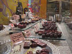 Miel Bonbons chocolates Chocolates, Chocolate, Brown