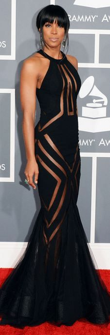 Kelly Rowland in Georges Chakra - Best Dressed of the Night! Grammy 2013 ...here is a better view of this beautiful dres