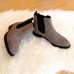 Está preparada para o inverno?#chelseaboots #burel #thewinteriscoming❄️ #portuguesebrand #madeinportugal #serradaestrela Chelsea Boots, Booty, Ankle, Instagram, Shoes, Fashion, Winter Time, Swag, Zapatos