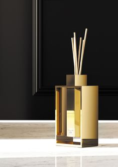 MIKADO Strong elements that stand out to highlight their function, yet remaining light, with zero gravity, they enter another dimension Bathroom Showrooms, Bathrooms, Bathroom Accesories, Hotel Amenities, Interior Accessories, Knife Block, Diffuser, The Originals, Highlight