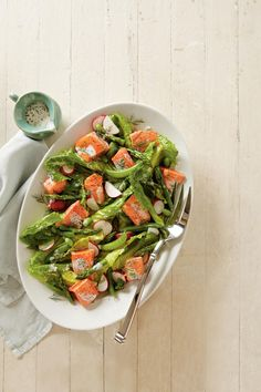 This flavorful salmon dish is quick to make and easy to clean up! It pairs perfectly with a crisp white wine and the salad dressing is versatile enough to use throughout the week.  Recipe:Spring Salmon and Vegetable Salad