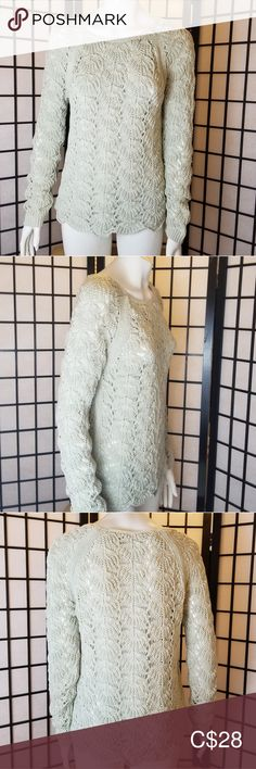 LOFT taffy green crochet scalloped sweater Very soft taffy green colored crochet knitted sweater by Ann Taylor LOFT Scalloped edging. Light weight with nice long sleeves LOFT Sweaters Plus Fashion, Fashion Tips, Fashion Trends, Ann Taylor Loft, Sweaters For Women, Nice, Crochet, Long Sleeve, Green