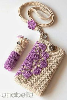 DIY gehäkelter Lippenstifthalter und Handyhülle - Crochet smartphone and lipstick covers (pattern) by neckband (pattern) by Anabelia Beau Crochet, Love Crochet, Crochet Gifts, Beautiful Crochet, Knit Crochet, Crochet Poppy, Mobiles En Crochet, Crochet Mobile, Crochet Handbags