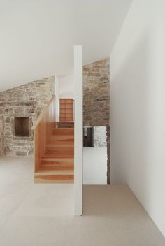 Gallery of House in Janeanes / Branco-DelRio Arquitectos - 23