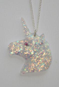 Mr Sparkle the Unicorn Unicorn Jewelry, Unicorn Necklace, Unicorns And Mermaids, Fantasy Jewelry, Resin Crafts, Jewelry Accessories, Kawaii Accessories, Barbie Accessories, Girly Things
