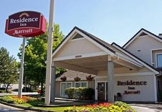 Residence Inn Seattle North/Lynnwood Everett  Residence Inn Seattle North/Lynnwood Everett Description: Just 12 miles from Seattle, Residence Inn by Marriott Lynnwood offers spacious extended stay suites with fully equipped kitchens, complimentary high-speed internet, a hot buffet breakfast, and a 24-hr business center making our hotel...   http://www.hotelsinformation.co.uk/residence-inn-seattle-northlynnwood-everett/