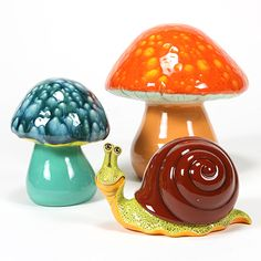Mushrooms and Snails and Crystal Glazes, oh my! Mayco has them all!