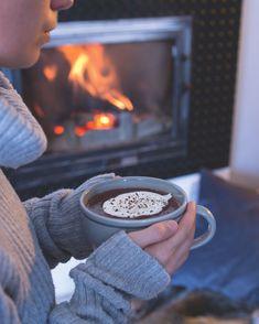 Na gauči s horkou čokoládou v ruce je na podzim prostě nejlíp! Outdoor Decor