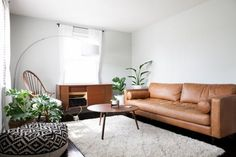 House Tour: A Modern, Minimal Nashville Rental Home   Apartment Therapy