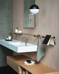 Por que lotamos o banheiro com objetos e utensílios? Que tal...