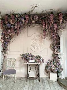 Diy Wedding Backdrop, Flower Wall Backdrop, Backdrop Design, Backdrop Decorations, Backdrops, Diy Room Decor, Bedroom Decor, Hotel Flowers, Goth Home Decor
