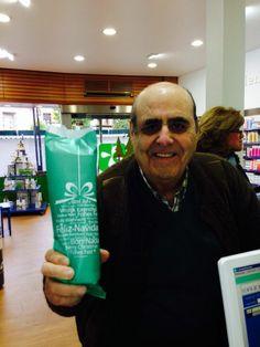 Gracias por tu visita Eugenio, disfruta de tu regalito!!! Felicidades!!!!!