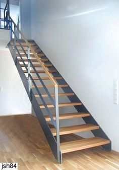 Flur/Treppe Steel string staircase Keep A House Cleaning Schedule A house cleaning schedule is your Steel Stairs, Loft Stairs, Basement Stairs, House Stairs, Staircase Handrail, Interior Staircase, Staircase Design, Staircase Ideas, Escalier Design