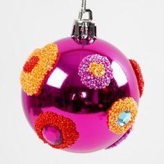 Julekuglerne er dekoreret med Foam Clay og rhinsten. Ideel som ophæng på juletræet.