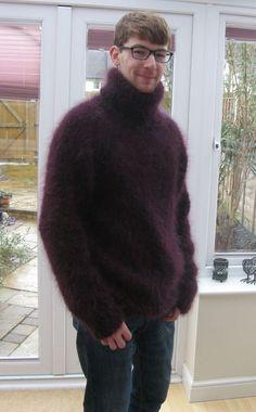 Mens Turtleneck, Mohair Sweater, Men Sweater, Boys Sweaters, Sweater Fashion, Sweater Weather, Black Men, Lana, Knitting Patterns