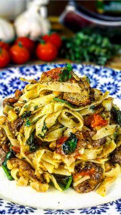Epivegan potatoe pasta 🍝 Vegetable Pizza, Plant Based, Pasta, Vegan, Vegetables, Food, Essen, Vegetable Recipes, Meals