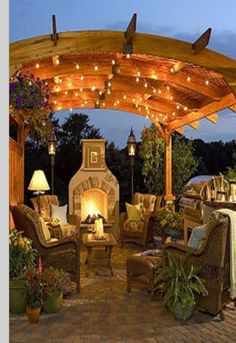 I could totally sit back and enjoy a glass a wine here