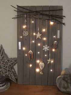 Christmas DIY decorations easy and cheap – christmas decorations Rustic Christmas, Simple Christmas, Christmas Home, Christmas Crafts, Christmas Quotes, Outdoor Christmas, Christmas Ideas, Easy Christmas Decorations, Christmas Wreaths