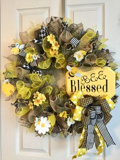 Yellow, burlap, brown with coordinating ribbon. Hand painted yellow sign with oracle 651 letters. Wreath Crafts, Diy Wreath, Wreath Ideas, Tulle Wreath, Burlap Wreaths, Summer Wreath, Spring Wreaths, Winter Wreaths, Holiday Wreaths