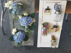 Ojo's World: A lazy Sunday Crafternoon A great Idea for upcycling shutters Lazy Sunday, Shutters, Glass Vase, Floral Wreath, Wreaths, Blog, Crafts, Decor, Repurpose