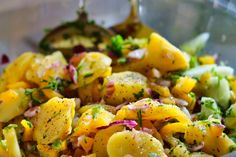 Potato salad with pickled vegetables and dressing. Vegan potato salad made with few ingredients, fast preparation and just 15 minutes of cooking. French Potato Salad, French Potatoes, Side Dishes Easy, Side Dish Recipes, Original Wiener Schnitzel, Mediterranean Cookbook, Frozen Potatoes, Cauliflower Salad, Stuffed Sweet Peppers
