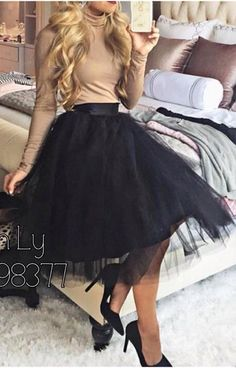 Amazing tulle midi skirt that is perfect for fall