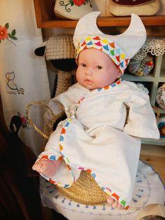 #신생아 인형 샀어요~^^사이즈가 정말 신생아와 같네요. 신기방기엄마가 꿈꾸는 아이옷에 실은 #배냇저고리 세트로 입혀 놓으니 진짜 아기같은거 있죠?#출산준비 하러 오세요~1월부턴 ...
