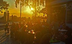 Sunset above Moncoeur Belleville terrace