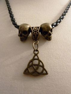 Wanheda, Commander of Death, Clarke Griffin, Clexa, The 100 necklace