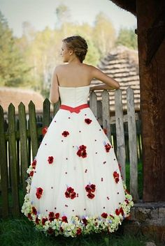 suknia ślubna Flora folkowa, salon afrodyta
