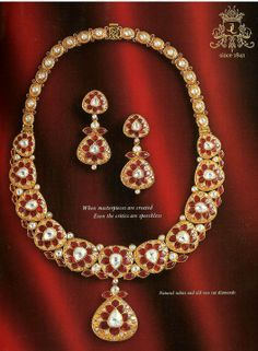 Suite in Gold with Natural Rubies and Polki/Rose Cut Diamonds in a Kundan Setting