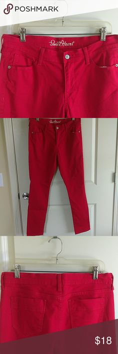 The Sweetheart Skinny Red Jeans The Sweetheart Skinny Red Jeans. In Great Condition. Inseam 29 Old Navy Jeans Skinny
