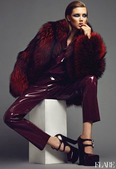 flarefashion:      Lindsey Wixson - September 2012 / Fashion Director: Elizabeth Cabral / Acting Art Director: Benjamin MacDonald / Photographer: Max Abadian  See behind-the-scenes footage from our September cover shoot in New York.
