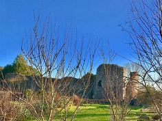 Great view of Abergavenny Castle basking in the winter sunshine captured this week by Giles Davies!