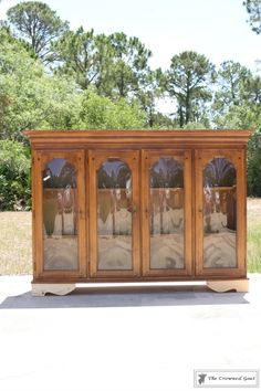New Simple DIY Furniture Makeover and Transformation Refurbished Furniture, Paint Furniture, Repurposed Furniture, Furniture Projects, Furniture Refinishing, Repurposed China Cabinet, Building Furniture, Furniture Outlet, Discount Furniture