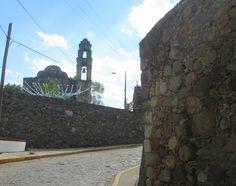 Iglesia sobre el camino, Mineral de Arriba, Edo de Mex.