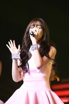 Team ☆ εїз TaeTae εїз (150412 Tiffany @ Best of Best in Manila。(via...)