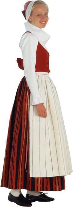 Traditional Finnish folk costume, a woman´s dress representing the region of Mouhijärvi. Folk Costume, Girly Outfits, Traditional Dresses, High Neck Dress, Gowns, Lady, Clothes, Folklore, Europe