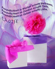 Geschenkebox: Bild von Pack and Design  -  Zitatgrafik bereitsgestellt von http://www.packanddesign.com/, dem deutschen Großhandelsspezialisten für Ihren Bedarf nach professionellen Geschenkboxen, Geschenktaschen und Geschenkpapier. Wählen Sie die gewünschte Größe sowie Farbe und Material für perfekt verpackte Geschenke zu jedem Anlass.