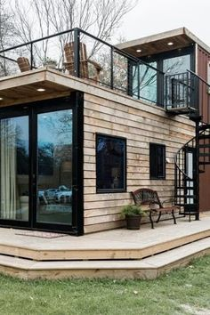 There's Now a Joanna Gaines Inspired Airbnb in Waco Texas Because…Duh There. - There's Now a Joanna Gaines Inspired Airbnb in Waco Texas Because…Duh There's Now a Joanna Ga - Tiny House Company, Tiny House Cabin, Tiny House Living, Tiny House Plans, Tiny House Design, Best Tiny House, Modern Tiny House, Living Room, Shipping Container Home Designs
