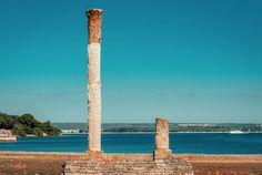 Brijuni-øyene er en av de 8 nasjonalparkene i Kroatia, som ligger i Istria, i den nordvestlige utkanten av Pula havn. Nasjonalparken består av to større øyer, Veli og Mali Brijun, og 12 holmer.  Det er gode muligheter for ting tennis og bueskyting, og du kan ta med golfklubbene dine til Veli Brijun, hvor det er en 18 hulls golfbane. Du kan leie sykkel og elbil, og om sommeren bør du bade og dykke i det krystallklare havet. Baseball, Candle, Baseball Promposals