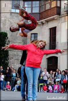 #Barcelona #PortalDelAngel #Dancers #Street #LaietaLittleL #Photography #Nikon